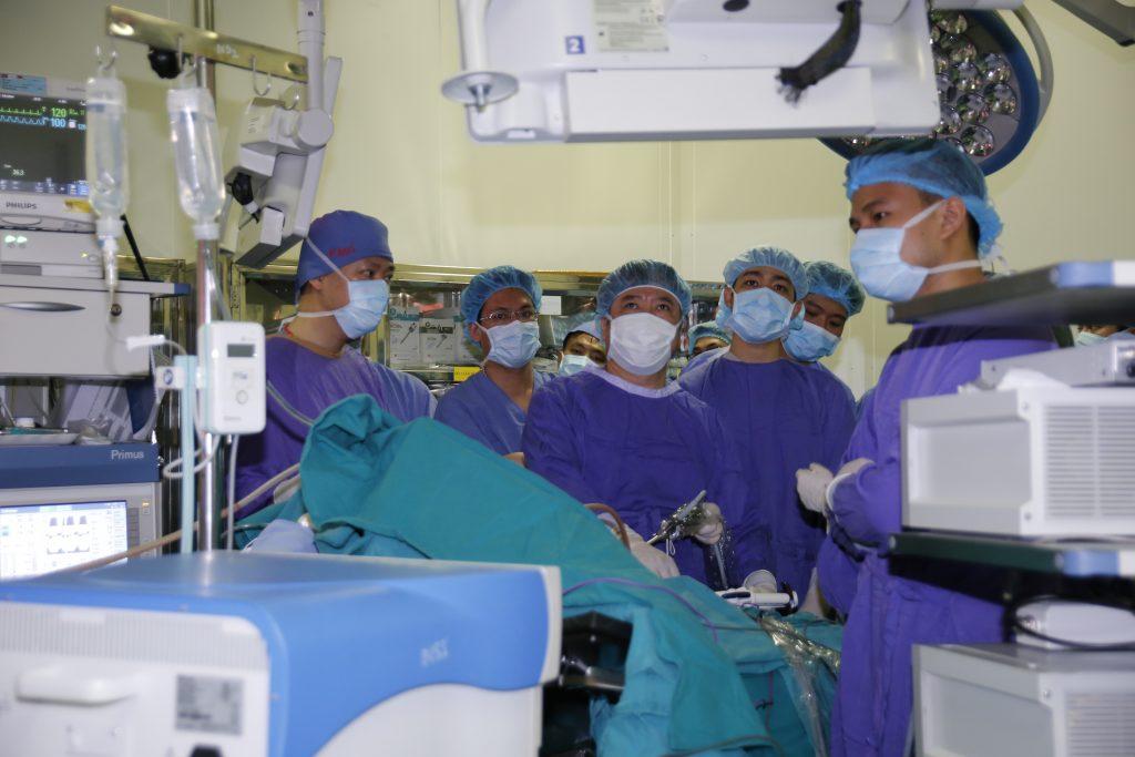 Nâng cao chuyên môn và cập nhật những kiến thức mới với khóa đào tạo phẫu thuật nội soi đại trực tràng nâng cao khóa 7