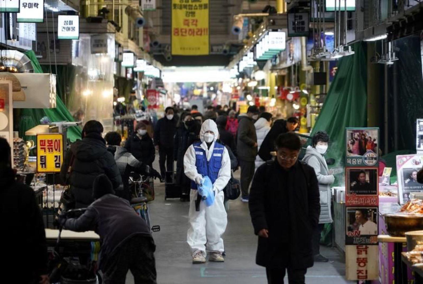 Dịch Covid-19: Bộ Y tế hướng dẫn cách ly đối với người về từ Hàn Quốc