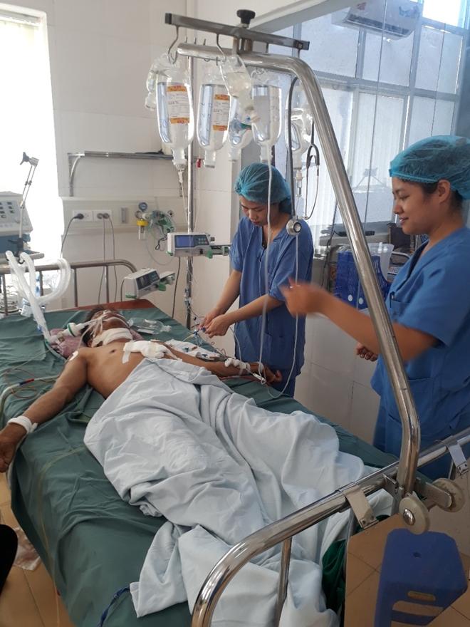 Bệnh viện 19-8 cứu sống bệnh nhân bị đâm thủng tim và đứt khí quản